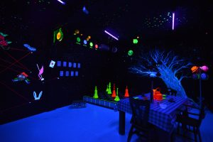 Alice escape room blacklight